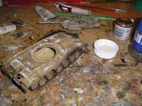 Merkava Mk. III - ukazka očouzení od výfuku a aplikace pigmentu